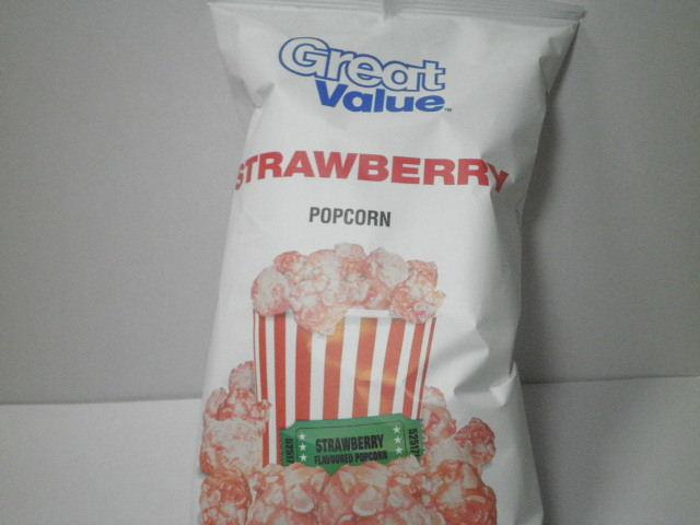 西友菓子:「グレートバリュー ストロベリー風味 ポップコーン」