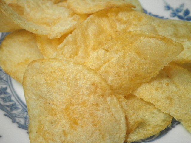 カルビーポテトチップス キラウエアファイヤーBBQ味05