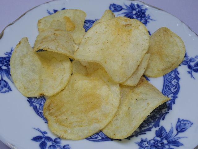 みなさまのお墨付きポテトチップス-餃子味3