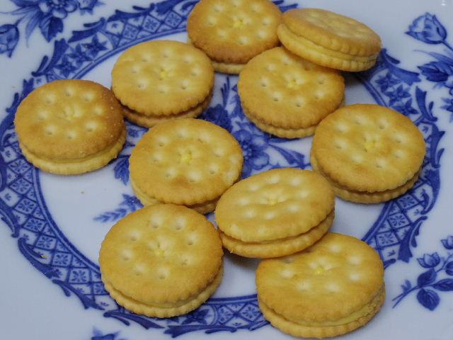 ニコット-チーズクリームクラッカー3
