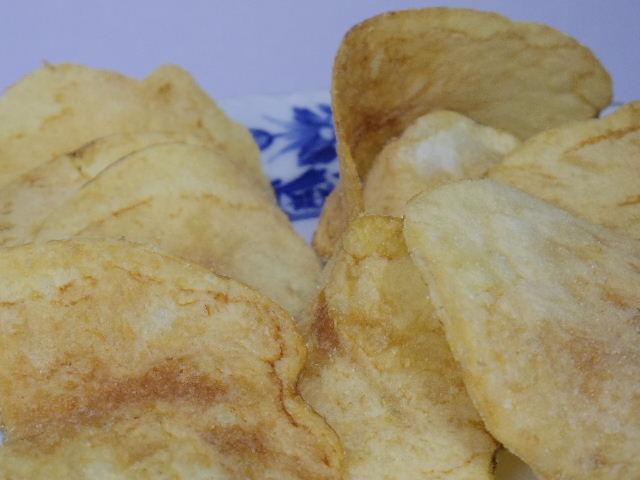 ヤマヨシポテトチップス-塩が効いてるアンチョビソース味4