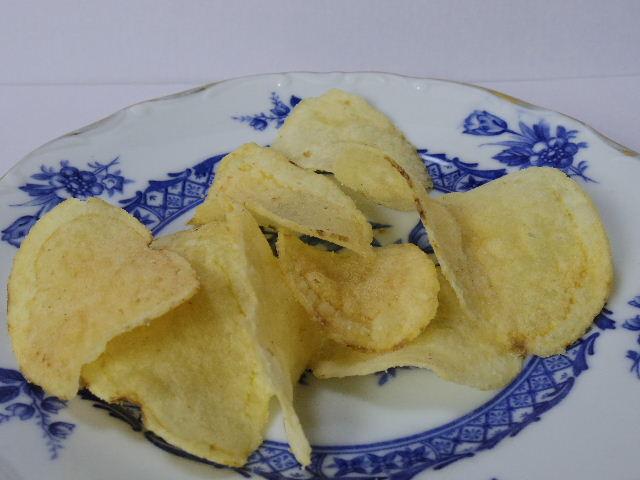 ヤマヨシ-ポテトチップス-トリュフバター味3