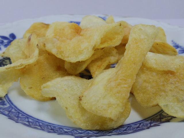 堅あげポテト 白えび味4