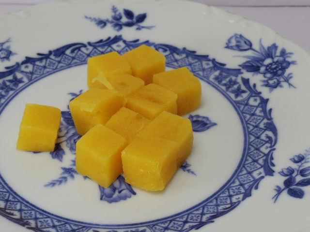 角切り果実グミ マンゴー3