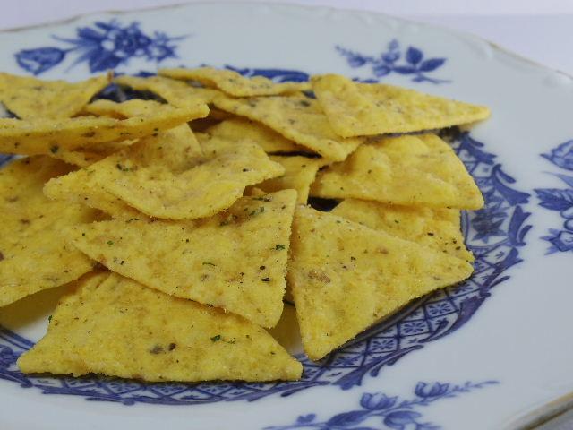 トルティーヤチップス オリーブオイルとバジル香るサラダ味4