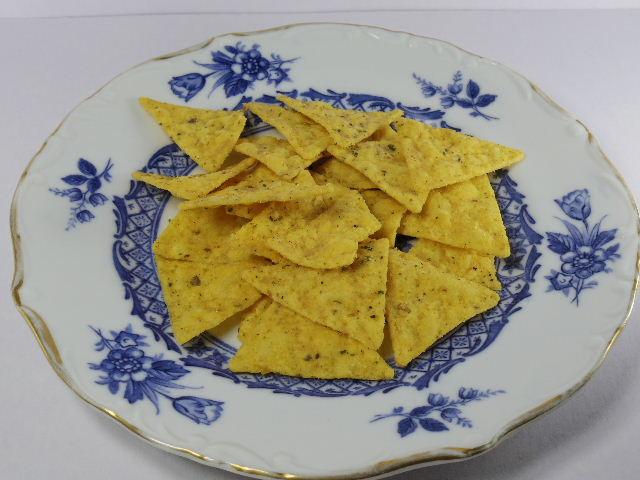 トルティーヤチップス オリーブオイルとバジル香るサラダ味3