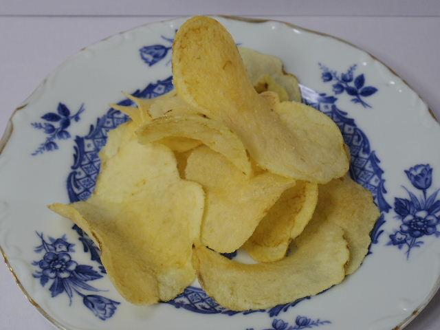 Acoopポテトチップスうすしお味2