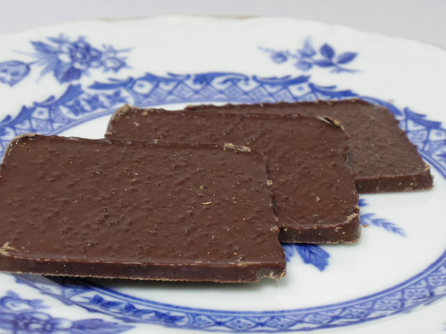 grand belgian lemon dark chocolate thins5