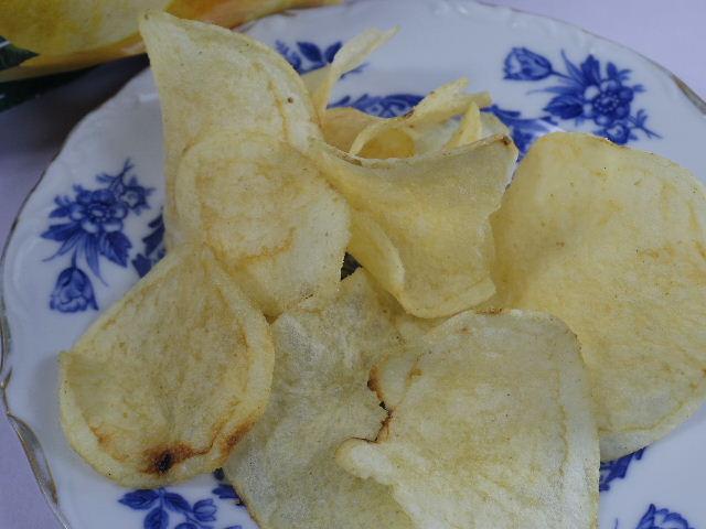 カルビーポテトチップス パクチー味4