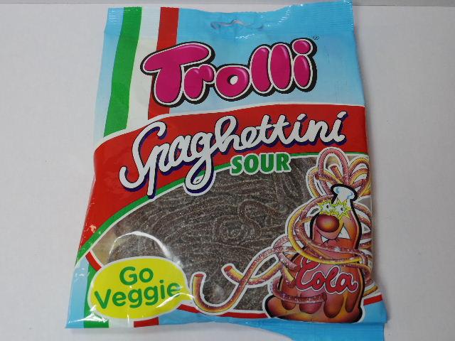 今回のおやつ:「トローリ スパゲティサワーコーラ」を食べる!