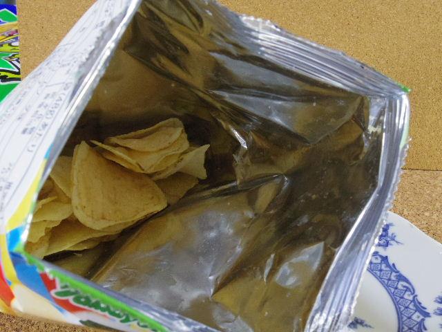 ヤマヨシポテトチップ クリームソーダ味7