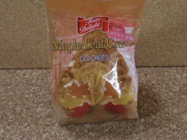 メイプルリーフクリームクッキー01