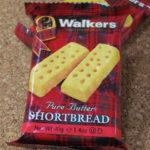 イギリスのお菓子:「ウォーカー ショートブレッドフィンガー」を食べる!