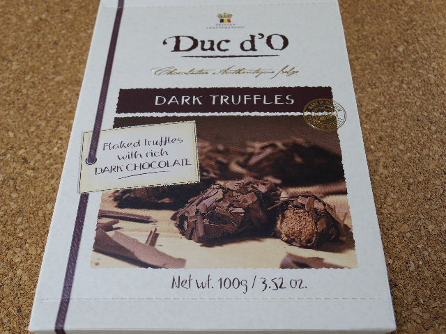 デュックドー ダークチョコレート トリュフ 表側